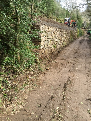 Installation de clôture et de maçonnerie paysagère